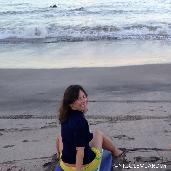 Nicole Jardim - Surfing